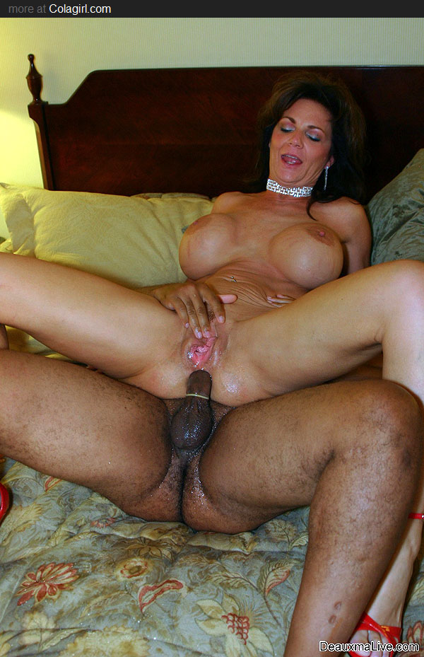 Milf swallowing black cocks