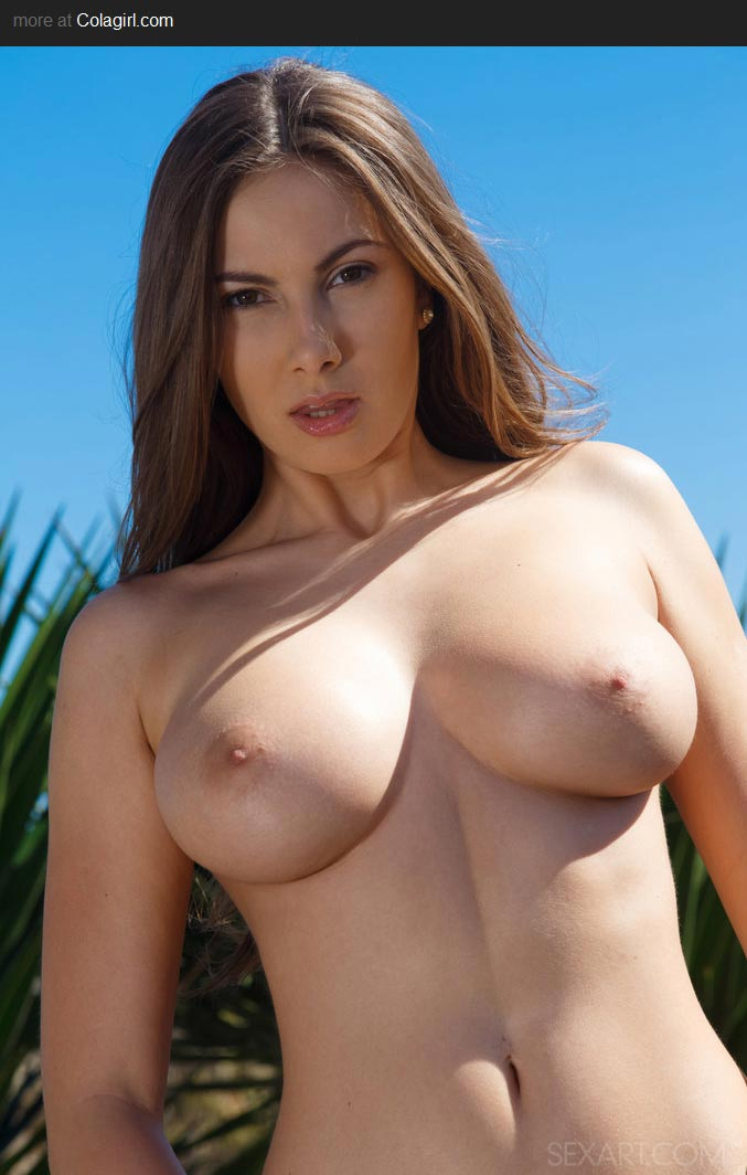 natural tits hd